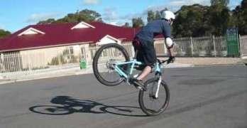 Extreme Mountain Bike Stunts