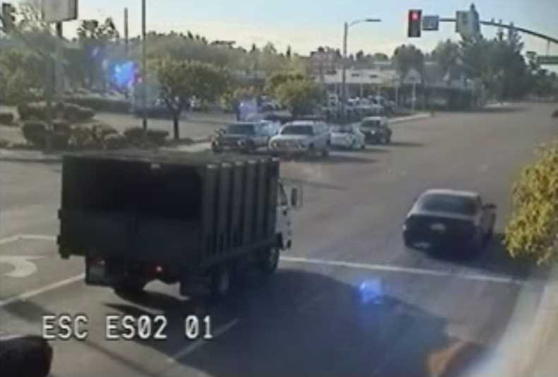 Motorcycle Cop Crash After Driver Runs Red Light